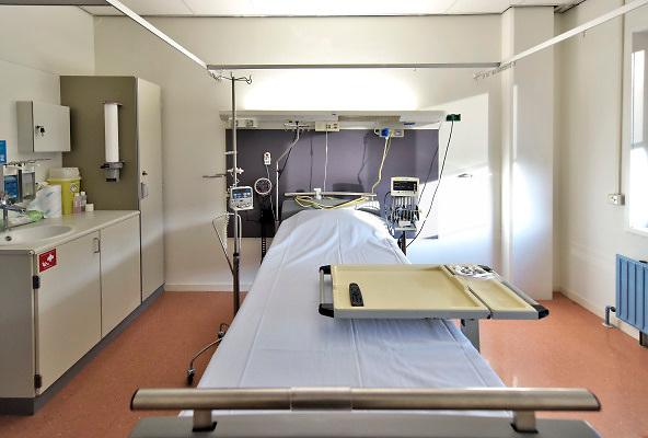Nederland, Nijmegen, 16-11-2018Lege bedden in een lege ziekenhuiskamer. Foto: Flip Franssen