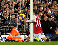 Photo: Ed Godden.<br /> Chelsea v Arsenal. The Barclays Premiership. 10/12/2006.<br /> Arsenal's Matthieu Flamini manages to knock the ball onto the post, preventing Chelsea from a last minute winning goal.