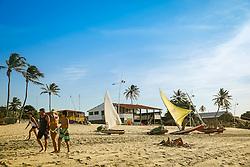 Turistas na Praia de Cumbuco localizada no município de Caucaia, a 30 km da capital, Fortaleza no estado do Ceará. FOTO: Jefferson Bernardes/ Agência Preview
