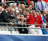 Photo: Steve Bond/Richard Lane Photography. <br />Ebbsfleet United v Torquay United. The FA Carlsberg Trophy Final. 10/05/2008. Paul McCarthy being presented with the trophy