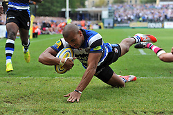 Jonathan Joseph of Bath Rugby scores a try - Photo mandatory by-line: Patrick Khachfe/JMP - Mobile: 07966 386802 13/09/2014 - SPORT - RUGBY UNION - Bath - The Recreation Ground - Bath Rugby v London Welsh - Aviva Premiership
