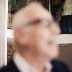Jean Ziegler, politician, author, posing in the lobby at the La Louisiane Hotel. Paris, France. March 3, 2020. <br /> Jean Ziegler, politicien, auteur, prenant la pose dans le lobby de l'hotel La Louisiane. Paris, France. 3 mars 2020.