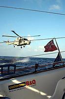 Seiling<br /> Foto: DPPI/Digitalsport<br /> NORWAY ONLY<br /> <br /> SAILING - AROUND THE WORLD SOLO RECORD ATTEMPT 2004<br /> <br /> TRIMARAN B&Q CASTORAMA / SKIPPER : ELLEN MACARTHUR (UK) MEETS ROYAL NAVY HMS IRON DUKE ON MIDDLE OF OCEAN NEAR EQUATOR