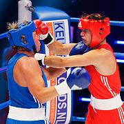 NLD/Amsterdam/20181107 - Opname Boxingstars 2018, 2e aflevering, Michaal Boogerd in gevecht tegen Thomas Cox