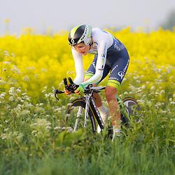 CYCLING 's-Heerenhoek: De eerste tijdrit voor vrouwen in het kader van de tijdritcompetitie werd verreden voorafgaand aan de omloop van Borsele. Sara Gillow