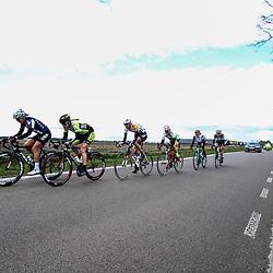 08-04-2016: Wielrennen: Energiewachttour vrouwen: Stadskanaal <br /> The third stage of the Energiewachttour for women Musselkanaal-Stadskanaal. Leading group