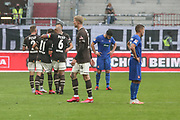 Fussball: 2. Bundesliga, FC St. Pauli - 1. FC Heidenheim, Hamburg, 27.09.2020<br /> Jubel bei St. Pauli (l.) - Enttaeuschung bei Heidenheim<br /> © Torsten Helmke