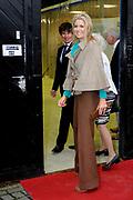Prinses Máxima bezoekt een werkplaats van Reclassering Nederland in Arnhem.<br /> <br /> Princess Máxima attends a workshop of Probation Netherlands in Arnhem.<br /> <br /> Op de foto / On the photo: <br />  Prinses Maxima