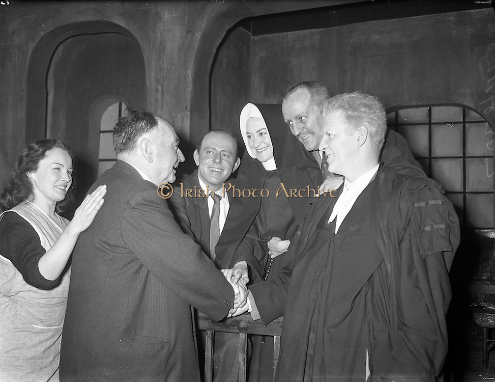 """30/01/1961<br /> 01/30/1961<br /> 30 January 1961<br /> District Justice Richard Johnson, (2nd left) author of  the play """"The Evidence I Shall Give"""" meets the Abbey Theatre cast of the 1st production at Queen's Theatre, Pearse Street, Dublin"""