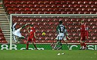 Photo: Andrew Unwin.<br /> Middlesbrough v Liteks Lovech. UEFA Cup. 15/12/2005.<br /> Liteks Lovech's Milivoje Novakovic (L) comes close to scoring with a spectacular effort.