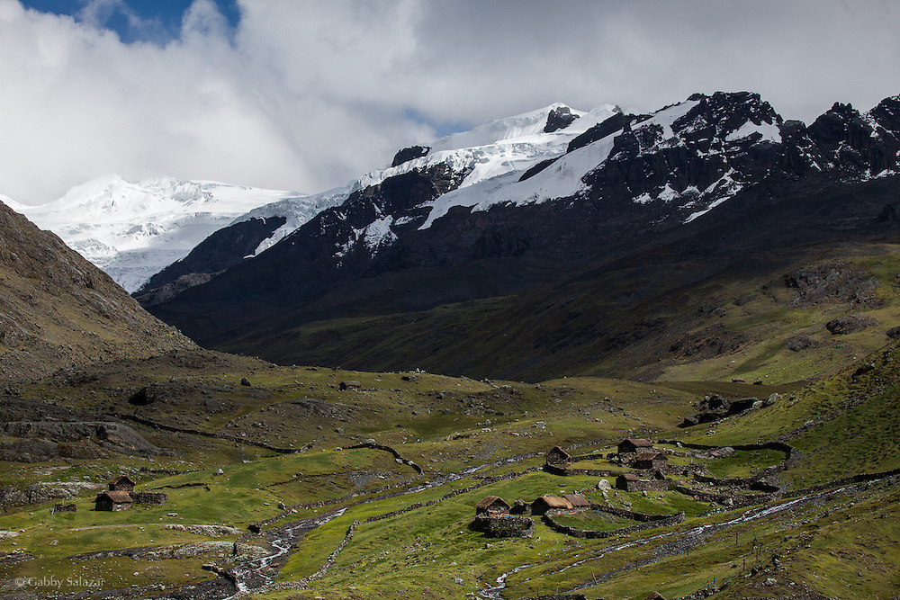 Old Andean homestead along the Interoceanica Sur highway between Cusco and Puerto Maldonado, Peru. A 430 kilometer section of the transcontinental Interoceanic Highway that crosses Peru and Brazil.