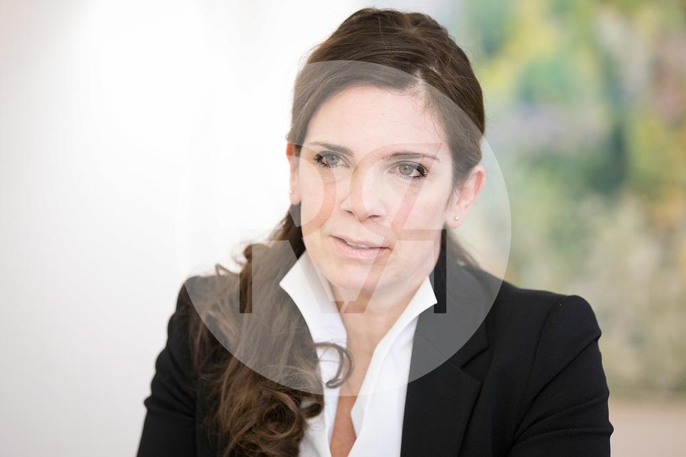 SCHWEIZ - BERN - Staatssekretärin für Internationale Finanzfragen Daniela Stoffel, bei einem Interview in ihrem Büro im Bernerhof - 21. November 2019 © Raphael Hünerfauth - http://huenerfauth.ch