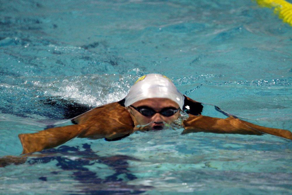Belo Horizonte_MG, Brasil...Nadador Tiago Pereira, brasileiro, na etapa dos 100m medley na eliminatoria mundial de natacao 2006. ..Swimmer Tiago Pereira, Brazilian, he is swimming 100m medley in the  World Swimming 2006.