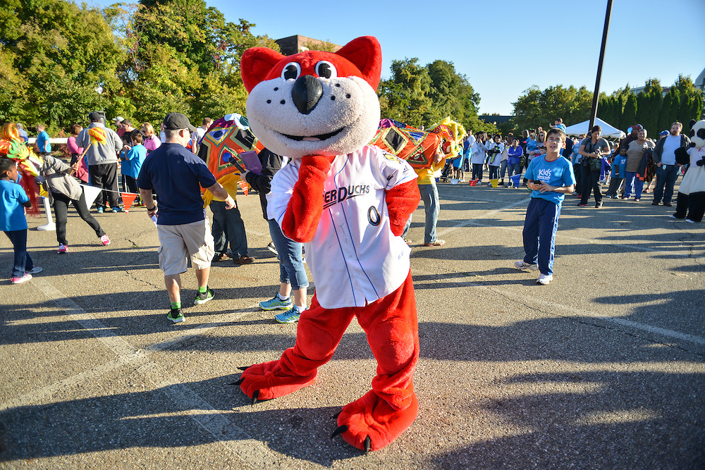 Orbit, mascot for the Akron RubberDucks, posing at the Kids Fun Run.