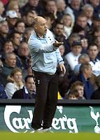Photo: Olly Greenwood.<br />Tottenham Hotspur v Wigan Athletic. The Barclays Premiership. 26/11/2006. Tottenham mqanager Martin Jol
