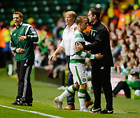 19/08/15 UEFA CHAMPIONS LEAGUE PLAY-OFF 1ST LEG<br /> CELTIC V MALMO<br /> CELTIC PARK - GLASGOW<br /> Double goalscorer Leigh Griffiths (left) is brought off by Celtic manager Ronny Deila.