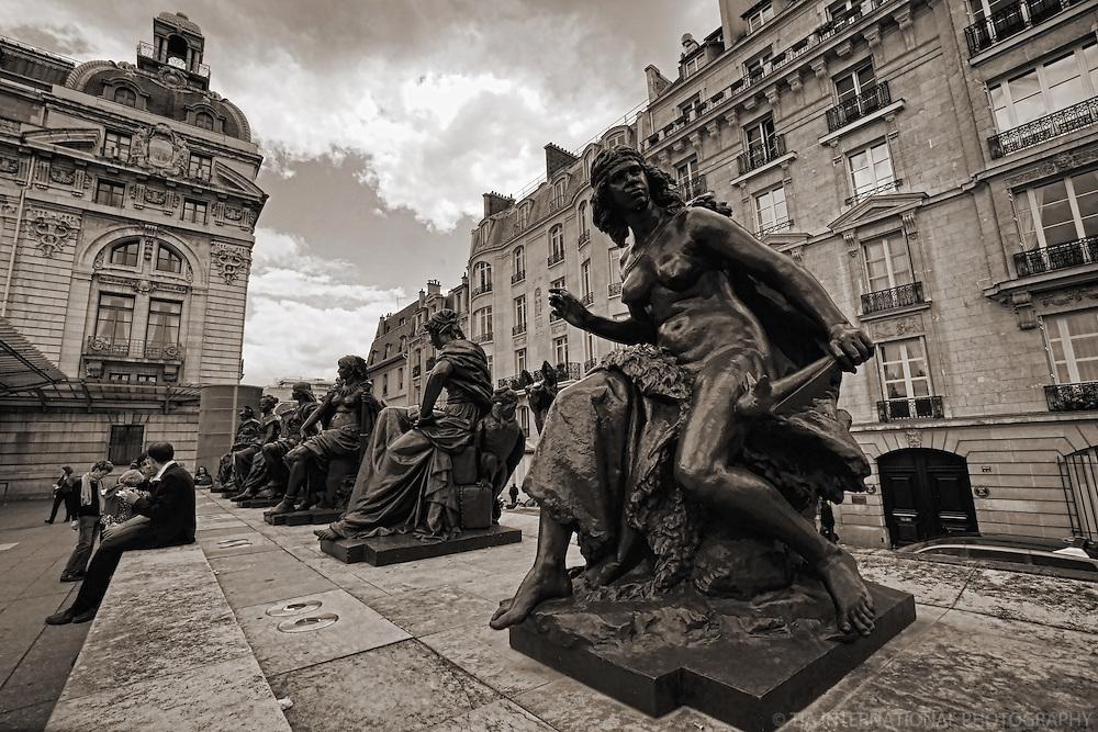 Statues at La Musée d'Orsay