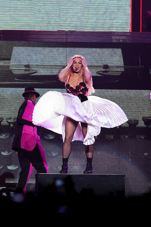 Femme Fatale Tour concert de Britney Spears  au park and suite Arena de Montpellier