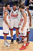 DESCRIZIONE : Bologna LNP A2 2015-16 Eternedile Bologna De Longhi Treviso<br /> GIOCATORE : <br /> CATEGORIA : Fair Play<br /> SQUADRA : Eternedile Bologna<br /> EVENTO : Campionato LNP A2 2015-2016<br /> GARA : Eternedile Bologna De Longhi Treviso<br /> DATA : 15/11/2015<br /> SPORT : Pallacanestro <br /> AUTORE : Agenzia Ciamillo-Castoria/A.Giberti<br /> Galleria : LNP A2 2015-2016<br /> Fotonotizia : Bologna LNP A2 2015-16 Eternedile Bologna De Longhi Treviso