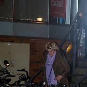 NLD/Amsterdam/20121203 - Jubileumgala 125 jaar theater Carre Amsterdam afgelast ivm overlijden van acteur Jeroen Willems, Simone Kleinsma verlaat het pand