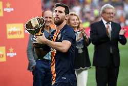 August 15, 2018 - Barcelona, Spain - Leo Messi with the champions trophy of the Joan Gamper trophy, played at the Camp Nou, on 15th August, 2018, in Barcelona, Spain. (Credit Image: © Joan Valls/NurPhoto via ZUMA Press)