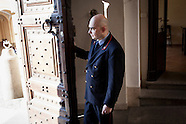 20130221_NYT_CastelGandolfo