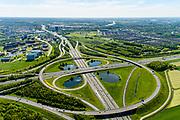 Nederland, Utrecht, Utrecht, 13-05-2019; Knooppunt Oudenrijn, kruising rijkswegen A12 en A2. Klaverblad knooppunt, klaverturbine. Gezien naar het Oosten, Papendorp.<br /> Oudenrijn junction, major intersection, southwest of Utrecht.<br /> <br /> luchtfoto (toeslag op standard tarieven);<br /> aerial photo (additional fee required);<br /> copyright foto/photo Siebe Swart