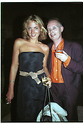 Antony Fawcett and  Phoebe Philo. British Council party for Mark Wallinger hosted by Bloomberg. Isola Lazzaretto Nuovo. Venice. 8 June 2001. © Copyright Photograph by Dafydd Jones 66 Stockwell Park Rd. London SW9 0DA Tel 020 7733 0108 www.dafjones.com