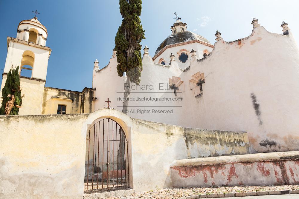 Facade of the fortress like Mexican baroque Sanctuary of Atotonilco and Santa Escuela de Cristo, an important Catholic shrine in Atotonilco, Mexico.