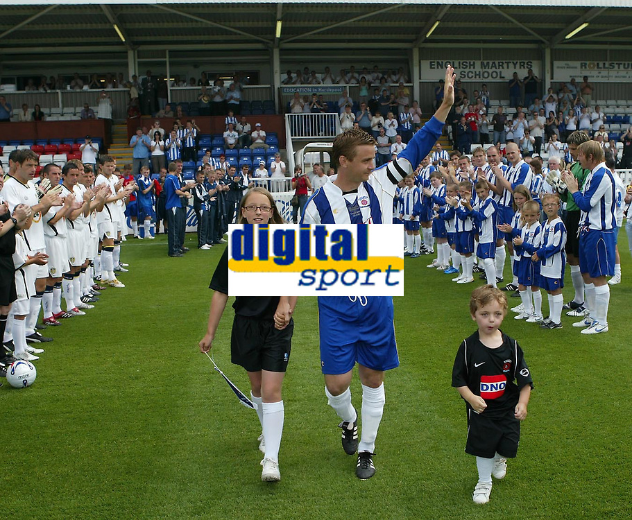 Photo: Andrew Unwin.<br />Hartlepool United v Leeds United. Pre Season Friendly. 22/07/2006.<br />Hartlepool's Micky Barron (C) takes the field for his testimonial game.
