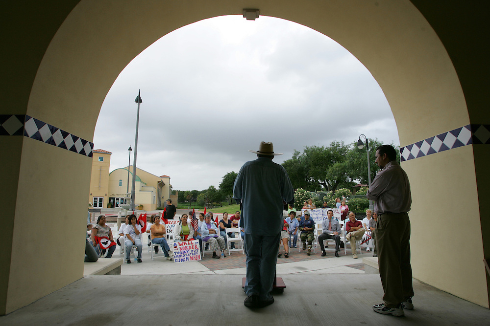 Jay Johnson Castro addresses a crowd of supporters at Brownsville's Dean Porter park at the end of his 200+ mile walk to protest the proposed border fence.