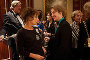 STEPHEN FRY; ZOE WANAMAKER; STEVEN WEBB, Veuve Clicquot Tribute award dinner for Ruby Wax for her outstanding contribution to the greater understanding of mental illness in the UK. Berkeley Hotel, London. 25 November 2011.