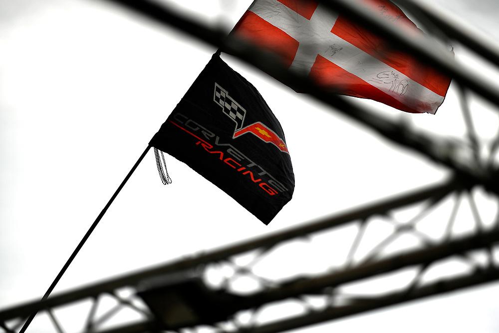 #63 Corvette Racing Chevrolet Corvette C7.R: Jan Magnussen, Antonio Garcia, Mike Rockenfeller, flags, atmosphere<br /> Tuesday 12 June 2018<br /> 24 Hours of Le Mans<br /> Verizon IndyCar Series<br /> Circuit de la Sarthe  FR<br /> World Copyright: Scott R LePage<br /> LAT Images