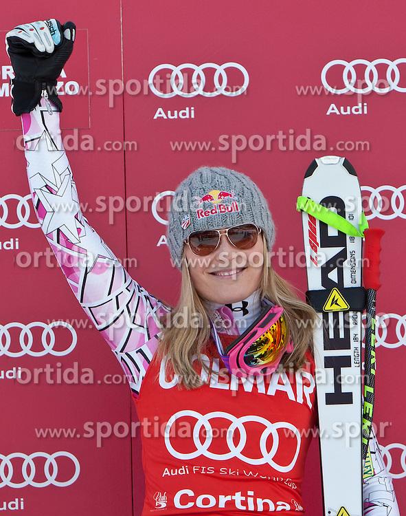 23.01.2011, Tofana, Cortina d Ampezzo, ITA, FIS World Cup Ski Alpin, Lady, Cortina, SuperG, im Bild Lindsey Vonn (USA, #18, Platz 1) // Lindsey Vonn (USA, place 1)  during FIS Ski Worldcup ladies SuperG at pista Tofana in Cortina d Ampezzo, Italy on 23/1/2011. EXPA Pictures © 2011, PhotoCredit: EXPA/ J. Groder