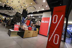 January 3, 2018 - Brussels, Belgium - The official start of the winter sales, Wednesday 03 January 2018 in Brussels. Retail organisations expect the discounts to rise up to -50 percent and more at the start of the sales period. (Credit Image: © Thierry Roge/Belga via ZUMA Press)
