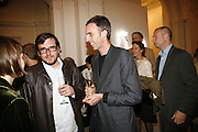 Jon Pylypchuk  and Jules de Ballincourt ? ) , USA Today. Saatchi Gallery and The Royal academy of Arts. Piccadilly. London. 5 October 2006. -DO NOT ARCHIVE-© Copyright Photograph by Dafydd Jones 66 Stockwell Park Rd. London SW9 0DA Tel 020 7733 0108 www.dafjones.com