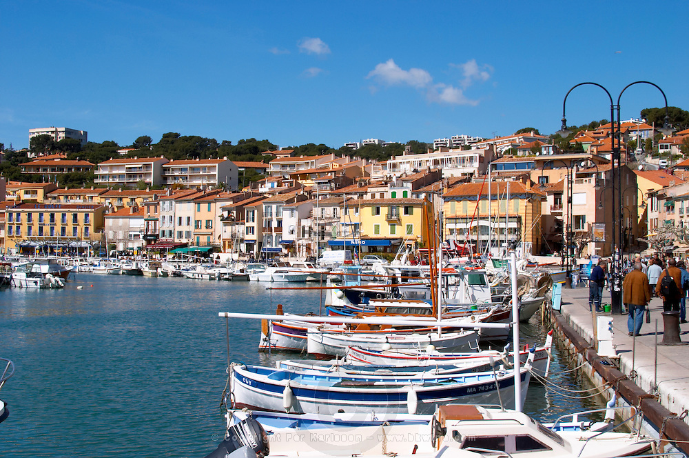 In the harbour in Cassis village. Fishing and leisure boats at the key side. Cassis Cote d'Azur Var France Bouches du Rhone