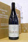 bottle vacqueyras les genestes domaine des amouriers gigondas rhone france