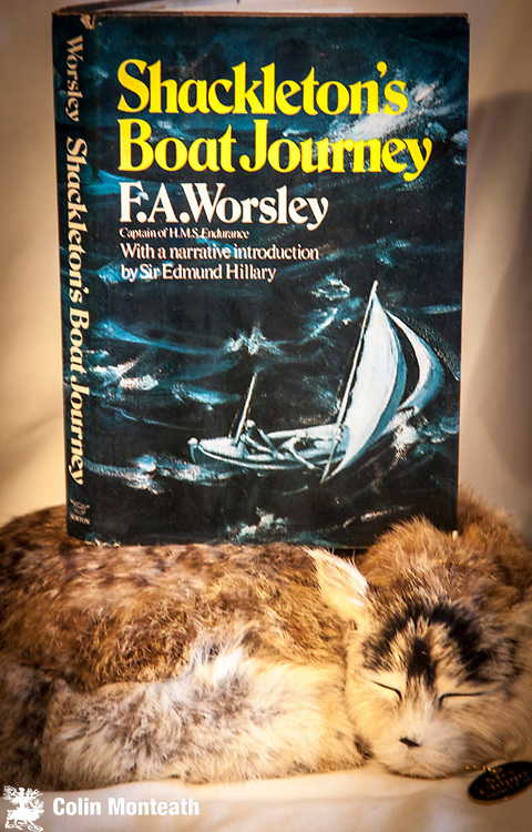 SHACKLETON'S BOAT JOURNEY - FRANK WORSLEY, with an introduction by Ed Hillary, 1st US edn., thus, Norton & Co., New York,  Good jacket, hardback with B&W Hurley plates, Worsley's epic retold in a modern edition...$NZ65 (Copy #3)