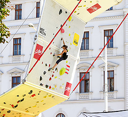 31.07.2015, Mariahilfer Straße, Wien, AUT, ISFC, Free Solo Masters MAHÜ, Vorqualifikation, im Bild Carla Schoder // during the prequalification of the ISFC Free Solo Masters MAHÜ at the Mariahilfer Straße in Vienna, Austria on 2015/07/31. EXPA Pictures © 2015, PhotoCredit: EXPA/ Sebastian Pucher