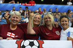 June 27, 2019 - Le Havre, France - Supporters of England during the 2019 FIFA Women's World Cup France Quarter Final match between Norway and England at  on June 27, 2019 in Le Havre, France. (Credit Image: © Jose Breton/NurPhoto via ZUMA Press)