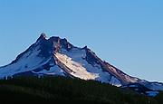 USA, Oregon, Olallie Lake, Mt. Jefferson,