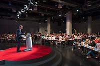DEU, Deutschland, Germany, Berlin, 02.06.2018: Landesparteitag der Berliner SPD im Hotel Andels. Rede von Michael Müller, SPD-Landesvorsitzender und Regierender Bürgermeister von Berlin.