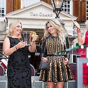 NLD/Amsterdam/20190618 - Piper-Heidsieck Leading Ladies Awards, Nikkie Plessen wint een award