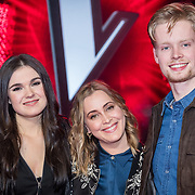 NLD/Hilversum/20180209 - 3e Liveshows The voice of Holland 2018, Nienke Wijnhoven, Anouk Teeuwe en Jim van der Zee