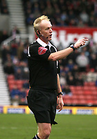 Photo: Mark Stephenson.<br />Stoke City v Wolverhampton Wanderers. Coca Cola Championship. 13/01/2007.<br />Referee Mr Peter Walton.
