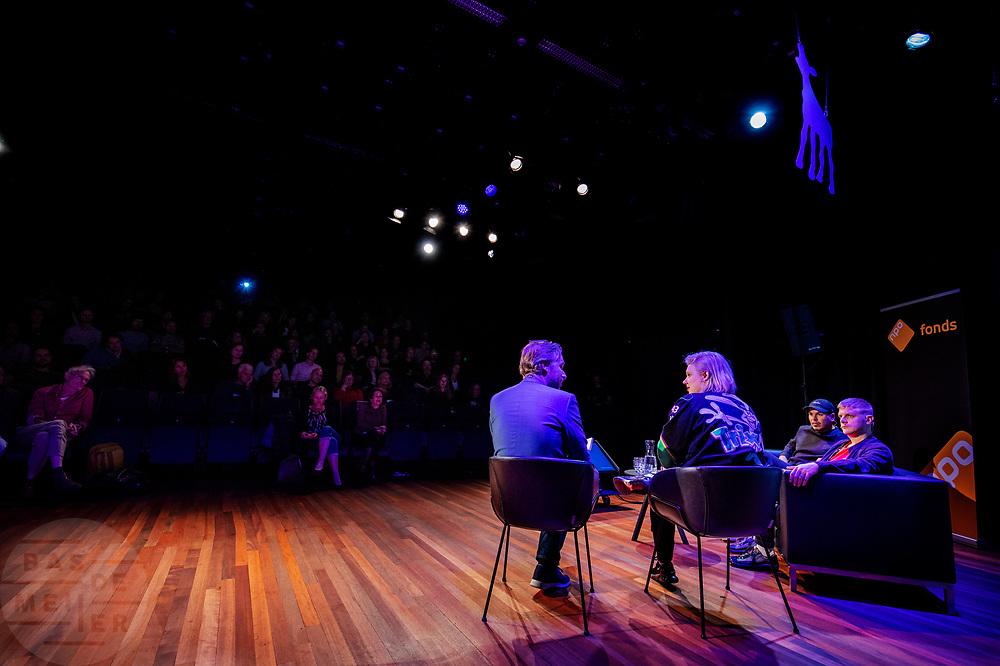 Tijdens het Nederlands Film Festival houdt het NPO Fonds in de Stadsschouwburg een bijeenkomst over dramaseries die via internet worden getoond.