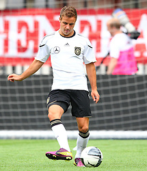 02.06.2011, Ernst Happel Stadion, Wien, AUT, UEFA EURO 2012, Qualifikation, Abschlusstraining Deutschland (GER), im Bild Mario Götze, (GER) // during the final training from Germany for the UEFA Euro 2012 Qualifier Game, Austria vs Germany, at Ernst Happel Stadium, Vienna, 2010-06-02, EXPA Pictures © 2011, PhotoCredit: EXPA/ T. Haumer