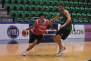 Sassari 14 Agosto 2012 - Qualificazioni Eurobasket 2013 -Allenamento<br /> Nella Foto : MASSIMO CHESSA DANILO GALLINARI<br /> Foto Ciamillo