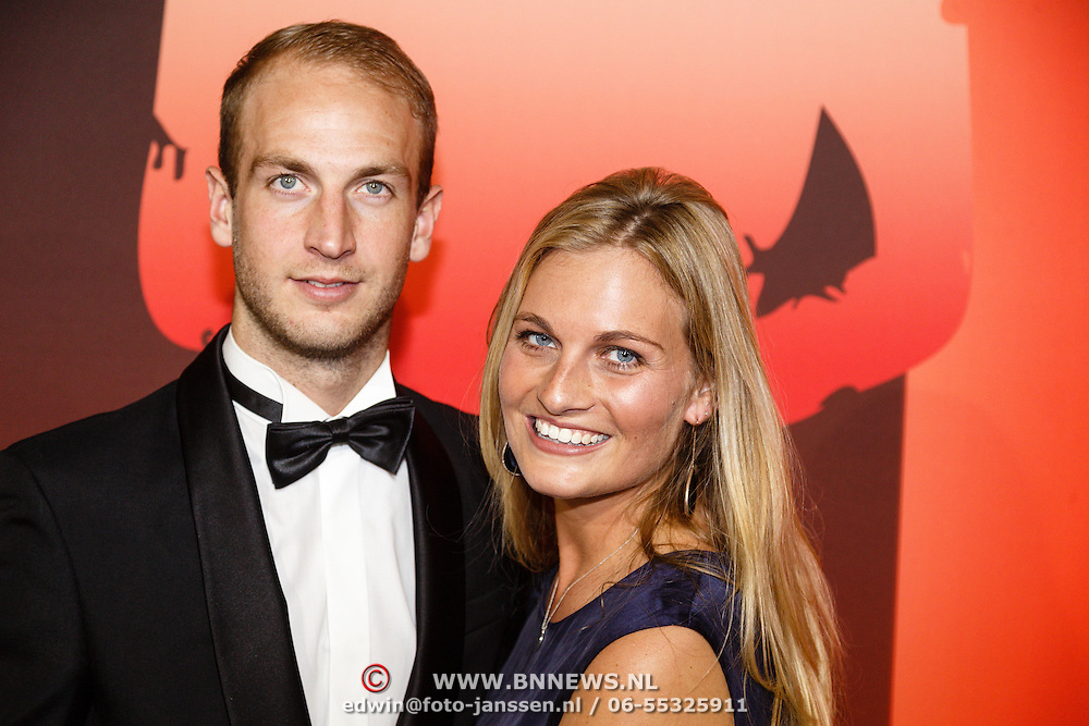 NLD/Amsterdam/20151215 - NOC / NSF Sportgala 2015, Billy Bakker en partner Claire Corthaus